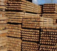 Poteaux carrés et bois de construction en bois dur Européen